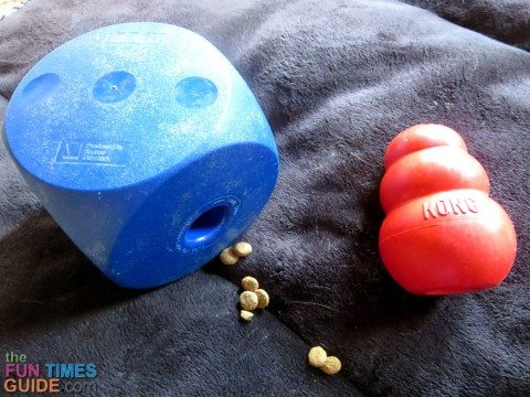 dog-buster-cube-kong-toy