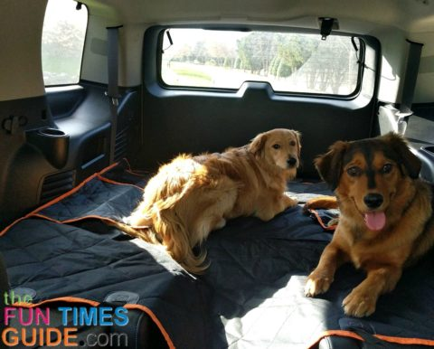 As you can see in this picture, this dog cargo cover sags a little bit between the two 2nd row bucket seats, but straps that are attached at all 4 corners keep the iBuddy dog seat protector firmly in place.