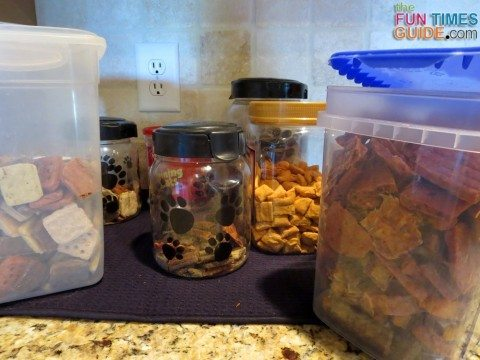 dog-treats-in-canisters