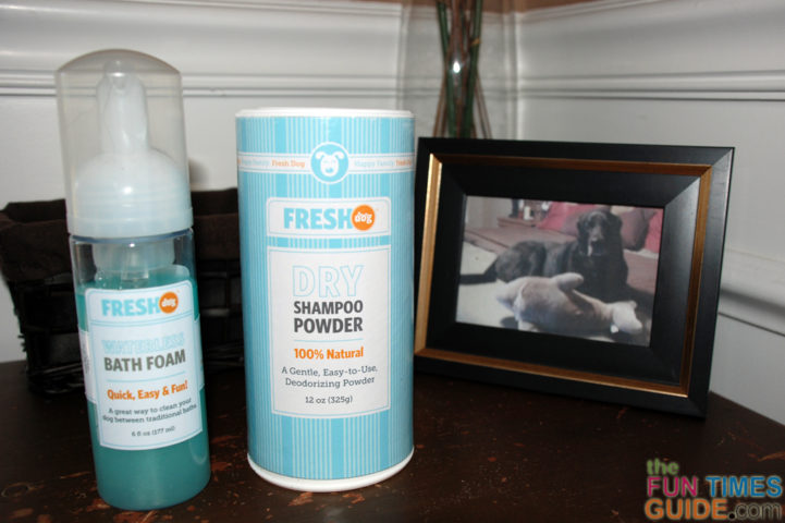 I received 2 samples from Fresh Dog to try: 1) Their waterless dog shampoo, and 2) Their dry shampoo powder.