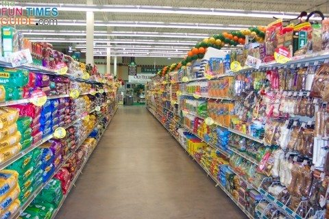 pet-food-aisle
